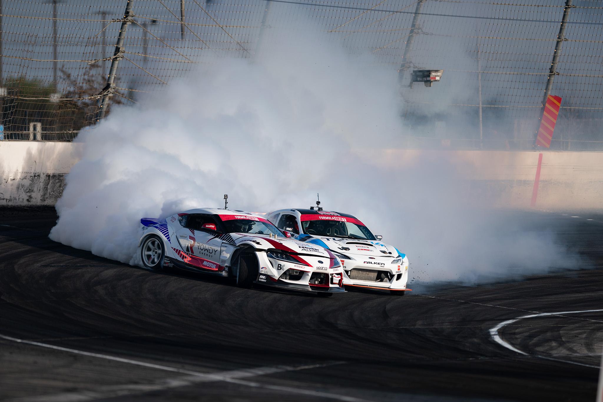 Ken Gushi and Daijiro Yoshihara, tandem battling at